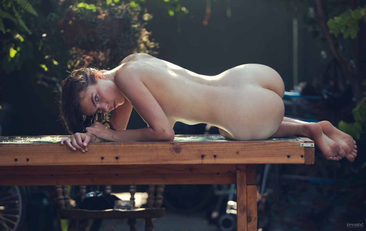 Corian nude photos #6